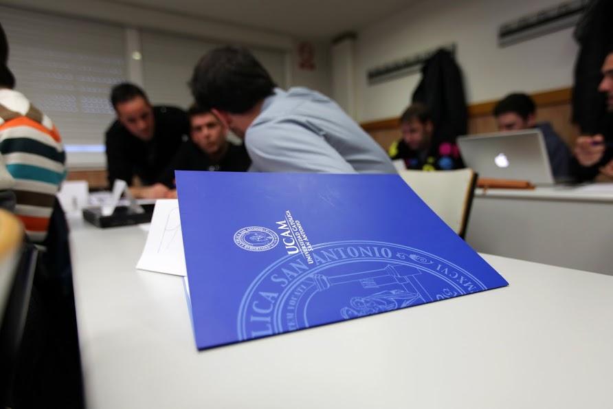 20120203_RP_alumnos_clase_007