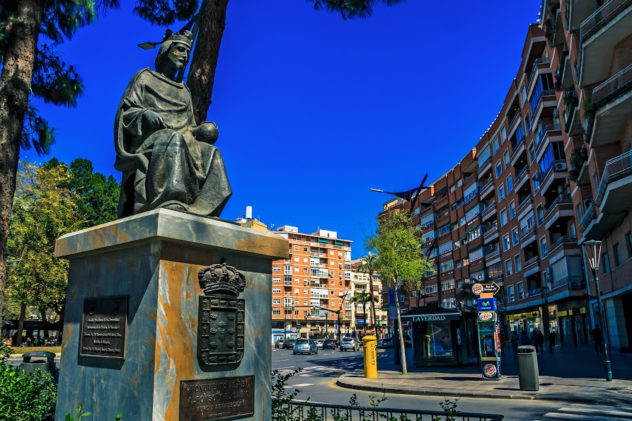 Email_cesio_n_fotos_J__Carlos_Valera_Bernal_Estatua_Calle_Murcia