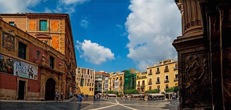 Lähde URA:n avulla Espanjan Murciassa sijaitsevaan UCAM yliopistoon opiskelemaan!