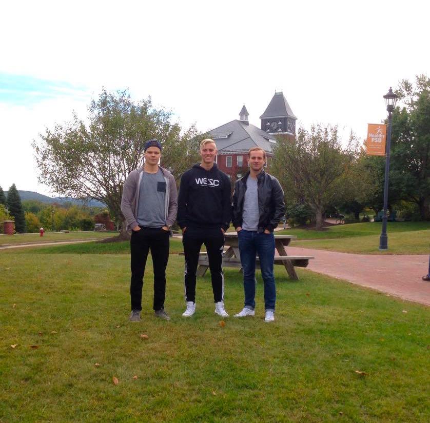 Suomalaiset Ilari, Joni ja Anton Plymouthin yliopistossa USA:ssa